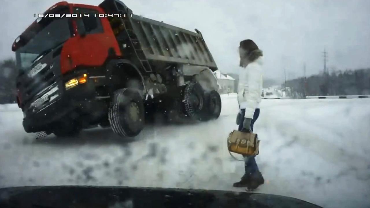 THE ROAD MOVIE von Dmitrii Kalashnikov