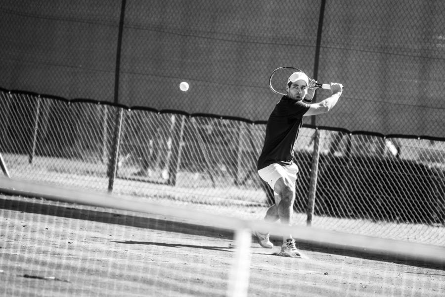 Karl Spoerri beim Tennis-Turnier