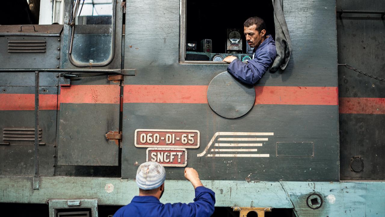 LA VOIE NORMALE / RAILWAY MEN